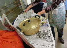 調理後新聞紙と風呂敷で保温!